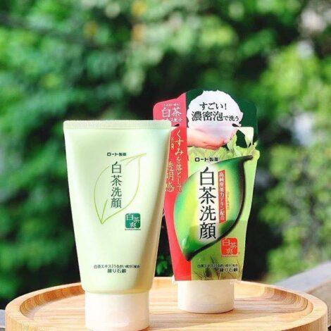 Sữa rửa mặt trà xanh Nhật Bản