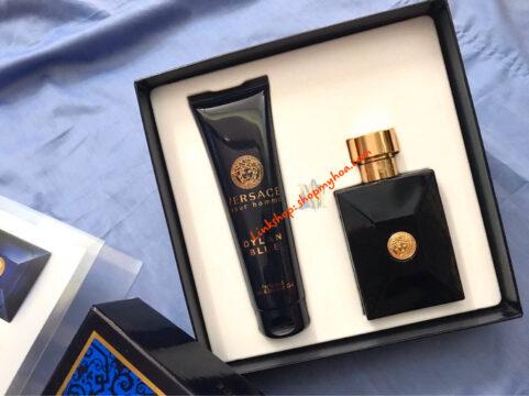 Bộ quà tặng Versace Dylan Blue Pour Homme nước hoa 100ml & sữa tắm 150ml