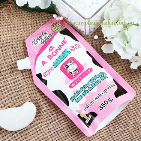 Muối Tắm Trắng Da Sữa Bò Spa Milk Salt Bonne Thái Lan